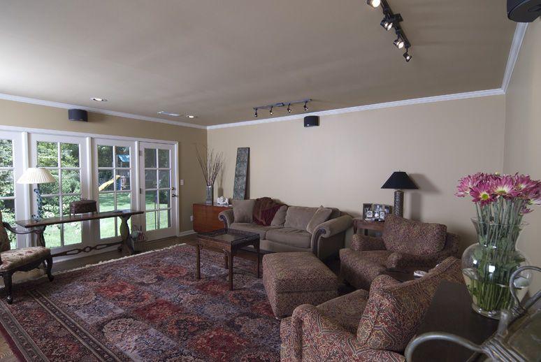 Bates_Livingroom-2