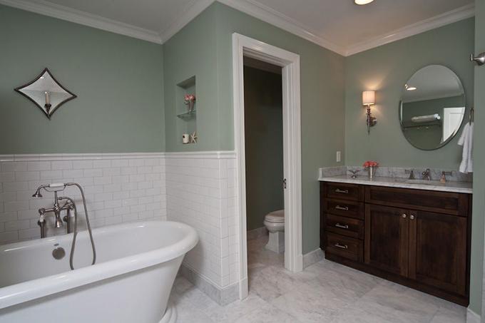 Austin-Bathroom-1-thumb