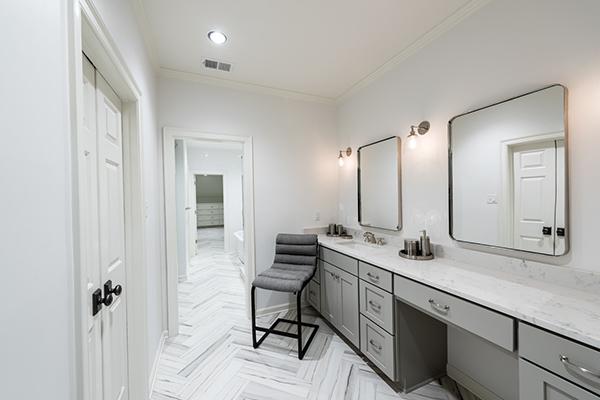 Cook Bathroom-thumb