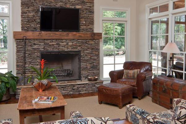 Daniel_Livingroom-2-thumb