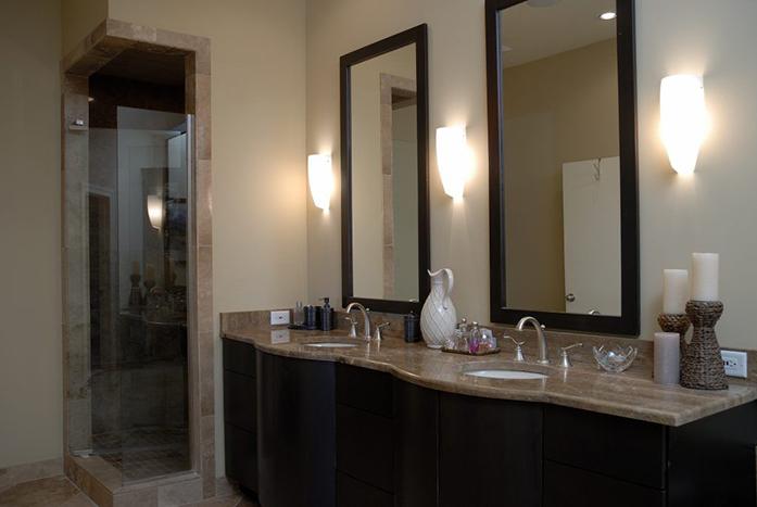 Downtown-Riverfront-Bathroom-2-Thumb
