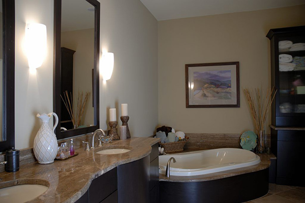 Downtown-Riverfront-Bathroom-3