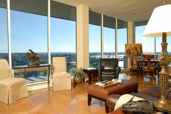 Downtown-Riverfront-Livingroom-3-thumb