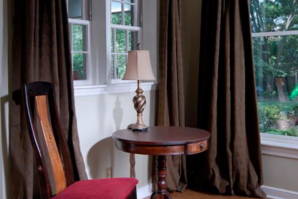 Dunn-Livingroom-10-thumb