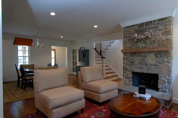 Gilbert-Livingroom-3-thumb