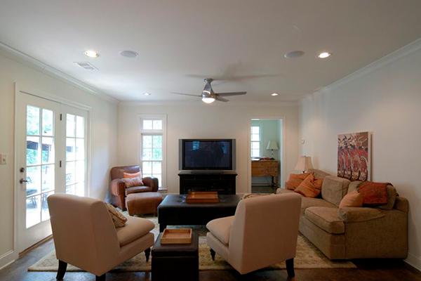 Gilbert-Livingroom-4-thumb