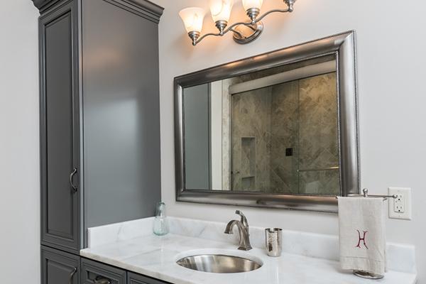 Hayes 1 Bathroom 3