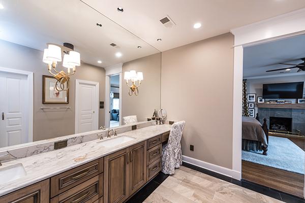 Hayes Master Bathroom 4-thumb