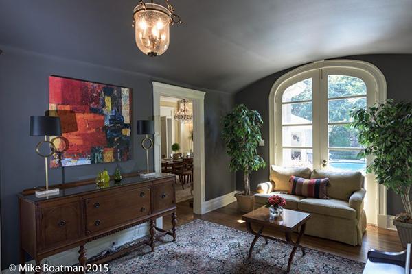 Hood_Livingroom-1-thumb