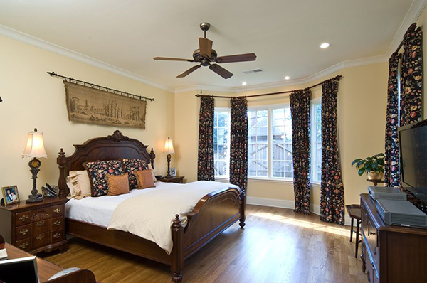 New_Home_East_Memphis_Bedroom-thumb