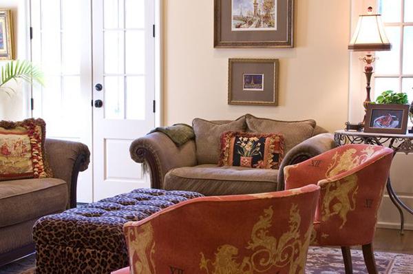 New_Home_East_Memphis_Livingroom-4-thumb