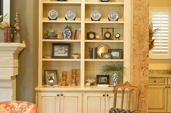 New_Home_East_Memphis_Livingroom-5-thumb