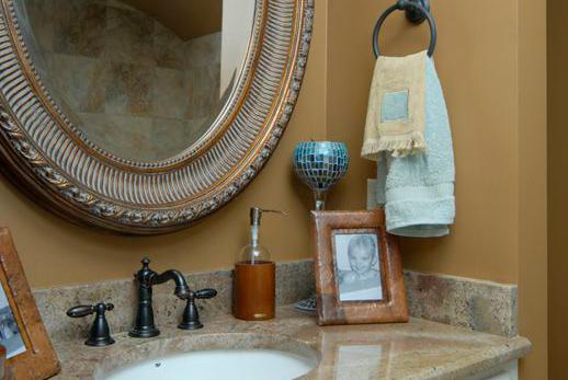 Oliver-Bathroom-1-thumb