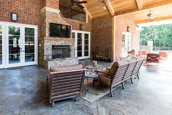 Truitt-Outdoor-Living-Space-17-thumb